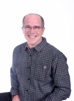 Éric Bourgault, Real estate broker