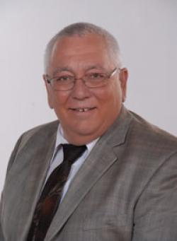 Raynald Desroches, Real estate broker