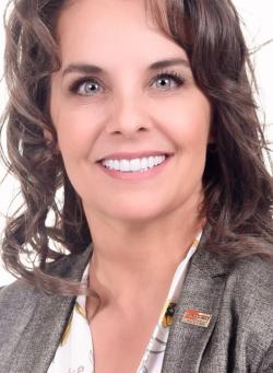 Annie Wolfe, Real estate broker