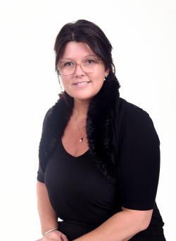 Katy Lévesque, Residential real estate broker
