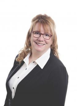 Lyne Daoust, Residential real estate broker