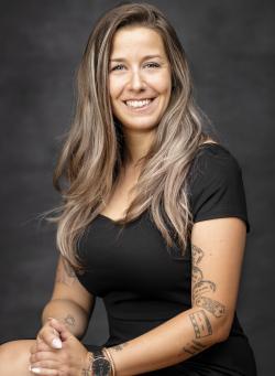 Clara Meunier Gauthier, Residential real estate broker